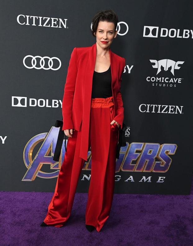 Весь Голливуд в сборе: 25 звездных образов на мировой премьере «Мстителей» (фото 16)