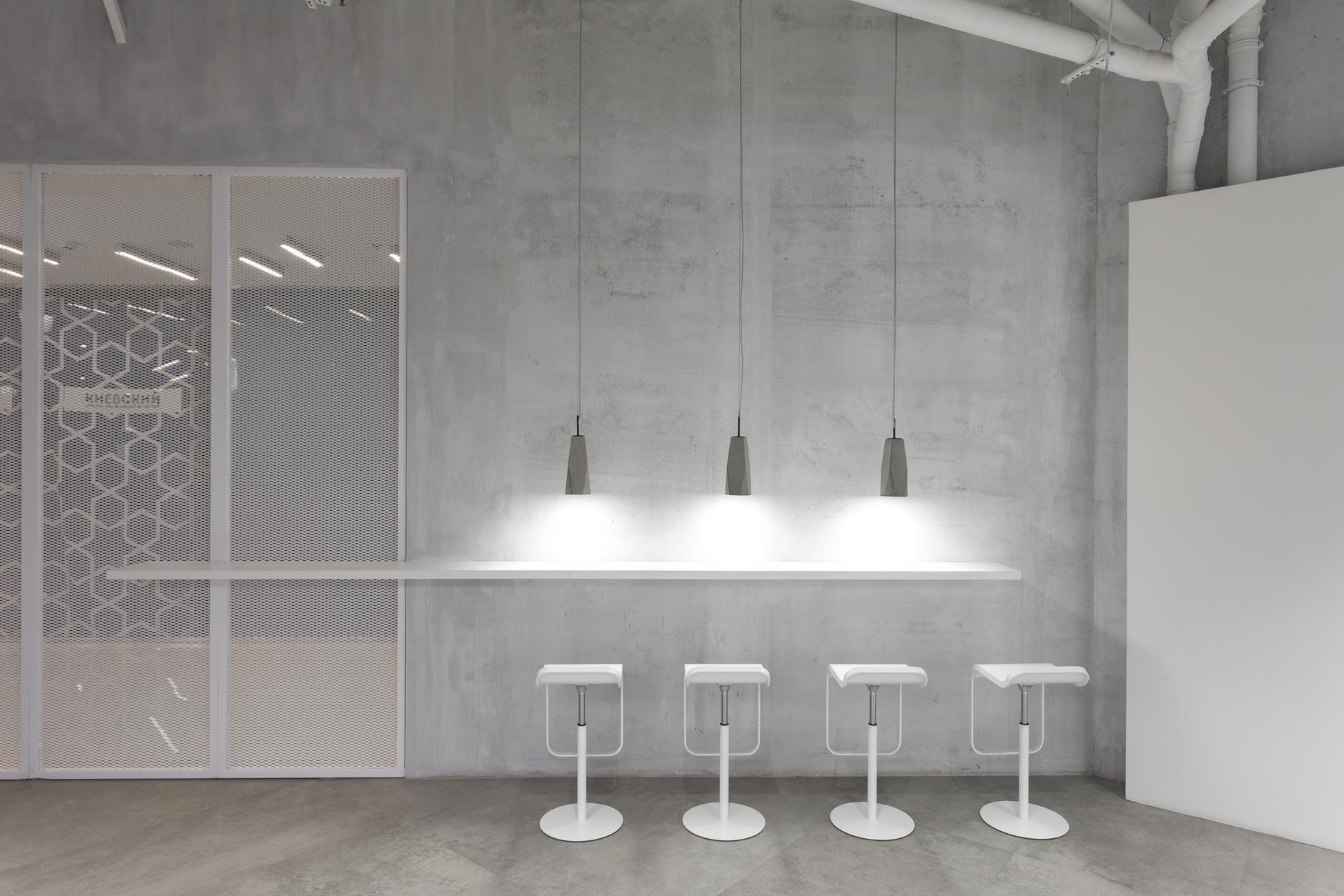 Белым мелом: московский визовый центр Италии от студии MEL (галерея 11, фото 1)
