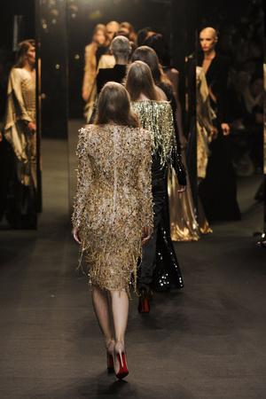 Показ Alexander Vauthier коллекции сезона Весна-лето 2011 года Haute couture - www.elle.ru - Подиум - фото 214915