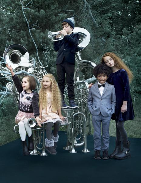 Ники Минаж снялась в рождественской кампании H&M | галерея [1] фото [5]