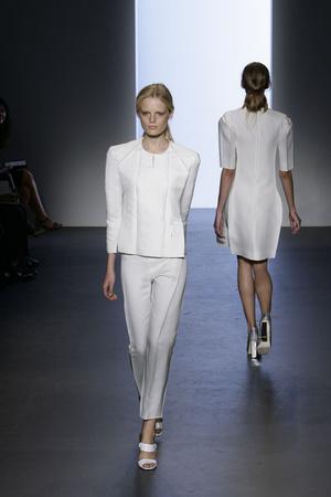 Показы мод Calvin Klein Весна-лето 2009 | Подиум на ELLE - Подиум - фото 3478