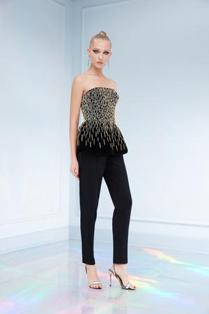 Maison Bohemique представил лукбук коллекции couture осень-зима 18/19 (фото 19.1)