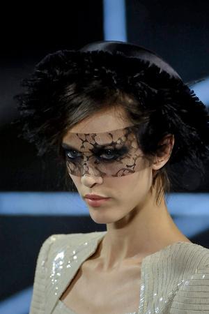 Показ  коллекции сезона Осень-зима 2011-2012 года Haute couture - www.elle.ru - Подиум - фото 278447