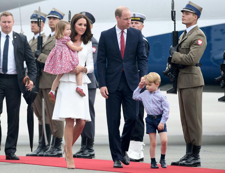 12 необычных правил, которым должны следовать королевские дети (фото 5)