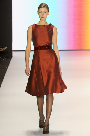 Показ Carolina Herrera коллекции сезона Осень-зима 2011-2012 года Prêt-à-porter - www.elle.ru - Подиум - фото 228845