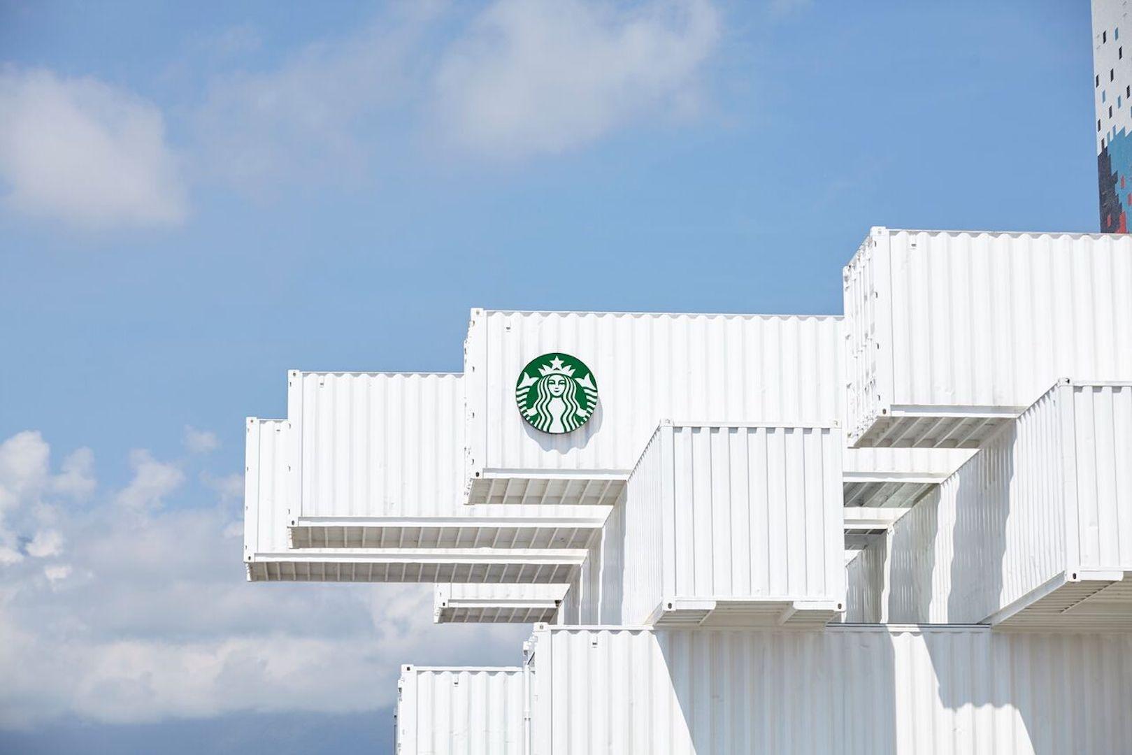 Дом из контейнеров: Starbucks по проекту Кенго Кумы (галерея 4, фото 0)