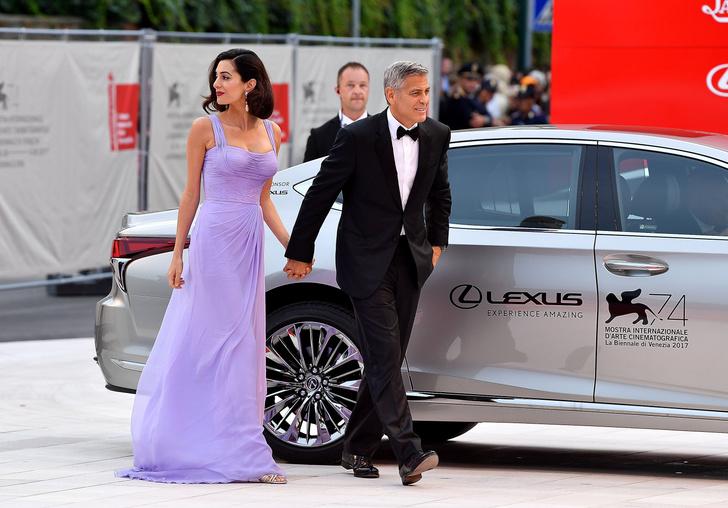 Фото дня: Джордж и Амаль Клуни на Венецианском кинофестивале