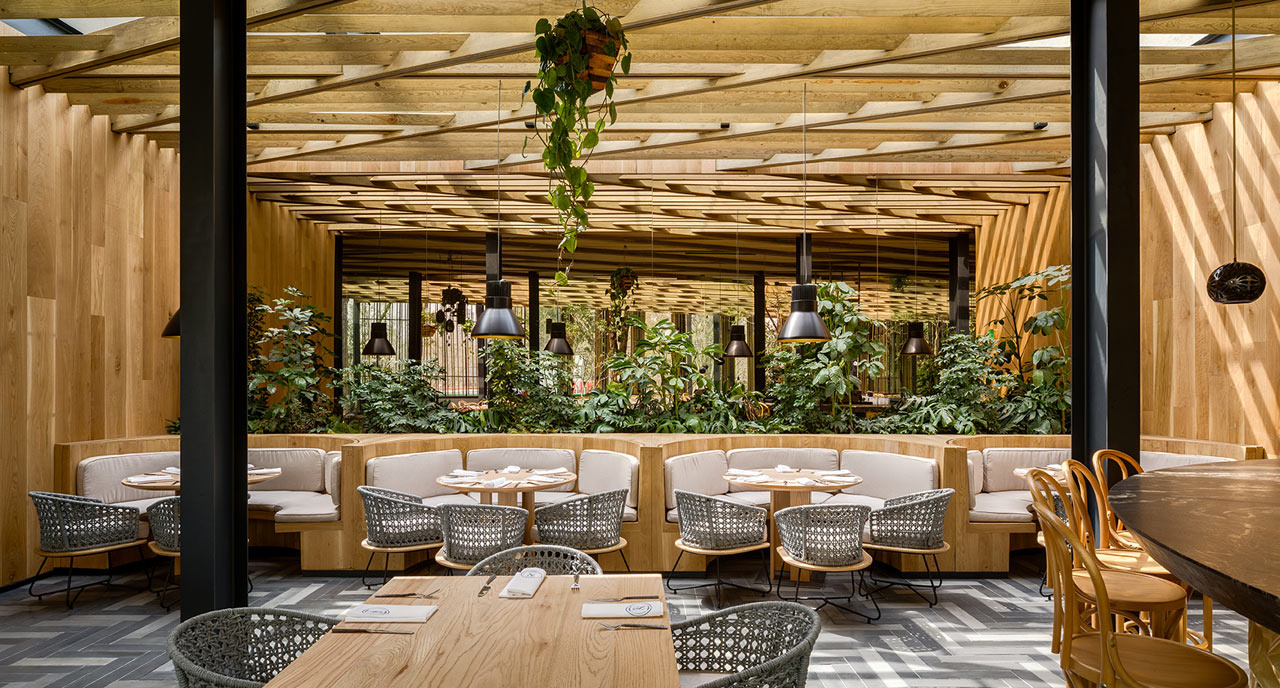 Дерево и стекло: современный ресторан в Мехико (галерея 5, фото 3)