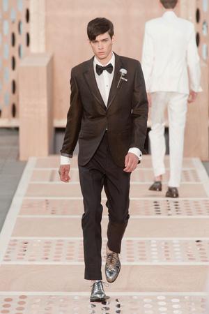 Показ Louis Vuitton коллекции сезона Весна-лето 2014 года Men prêt-à-porter - www.elle.ru - Подиум - фото 556987