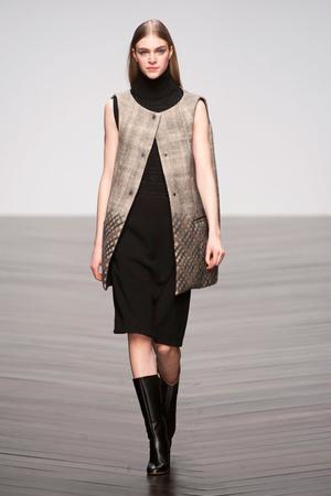 Показы мод Daks Осень-зима 2013-2014 | Подиум на ELLE - Подиум - фото 789