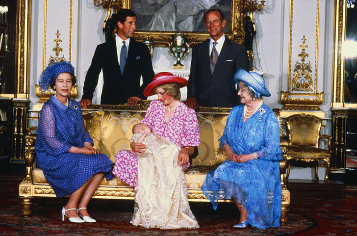 Принцесса Диана – от Букингемского дворца до отеля Ritz фото [1]