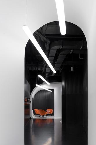 Офис L'Oréal по проекту IND Architects в Москве (фото 2.2)