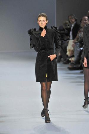 Показ Christophe Josse коллекции сезона Осень-зима 2009-2010 года Haute couture - www.elle.ru - Подиум - фото 87371