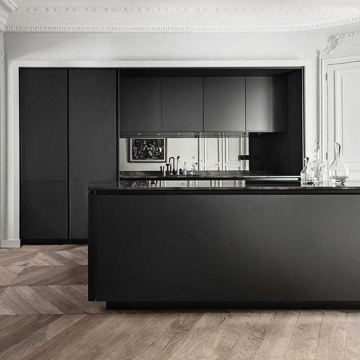 Черный цвет на кухне: 8 приемов (фото 6)
