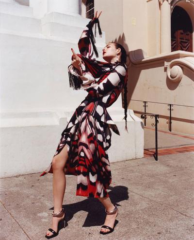 Под солнцем Сан-Франциско: новая кампания Alexander McQueen (галерея 6, фото 1)