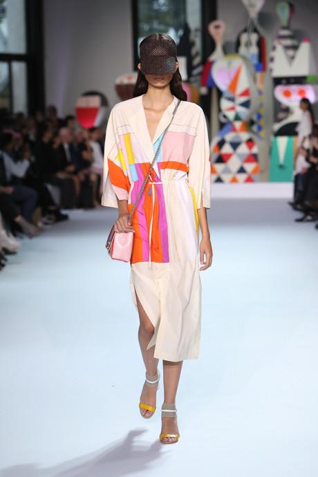 Akris выпустил коллекцию одежды по мотивам творчества Александра Жирара   галерея [1] фото [4]