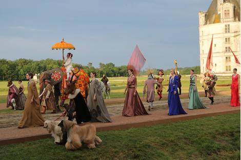 Бренд Van Cleef & Arpels презентовал новую коллекцию в замке Шамбор
