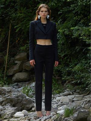 7 новых способов носить брюки на высокой талии (фото 9)