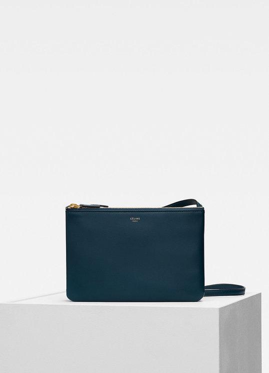 Клатч-паспорт и «седло»: 10 модных и практичных сумок на осень (фото 13)