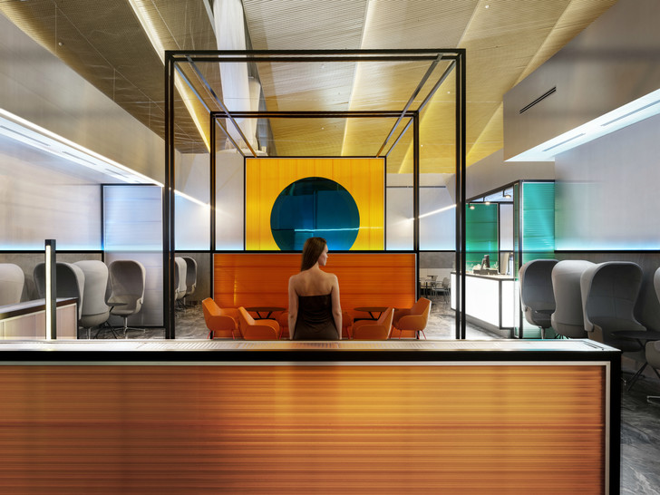 Бизнес-зал аэропорта «Платов» по проекту VOX Architects (фото 0)