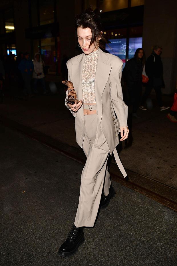 Добавить цвета: носите деловой костюм, как Белла Хадид (фото 8)