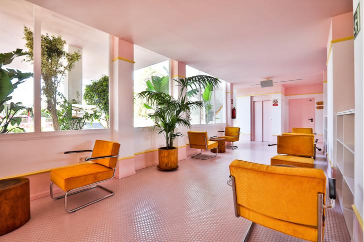 Американский модернизм и группа «Мемфис» в отеле на Ибице (фото 5)