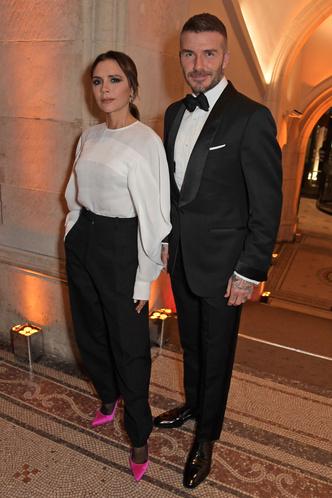 Супруги Бекхэм и другие знаменитости на ужине в Лондоне (фото 1.1)