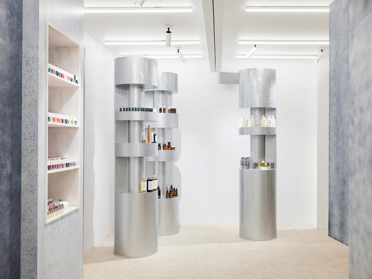 Дизайнер Рей Кавакубо открыл косметический бутик (фото 5)