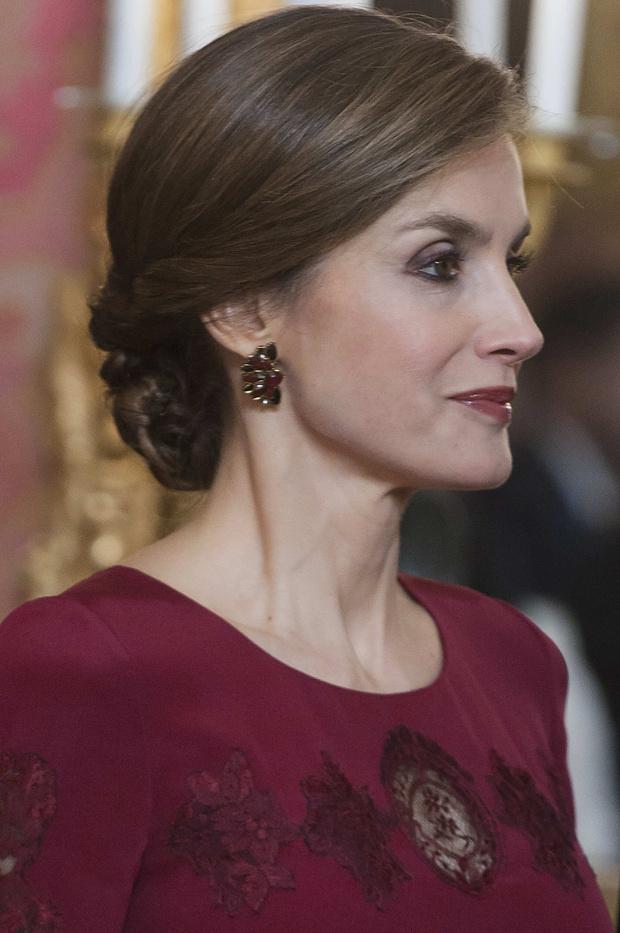 Самые главные образы королевы Летисии (фото 31)