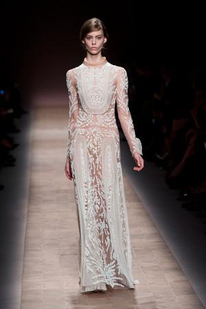 Показы мод Valentino Весна-лето 2013 | Подиум на ELLE - Подиум - фото 991