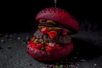 7 самых необычных бургеров Москвы (фото 1.1)