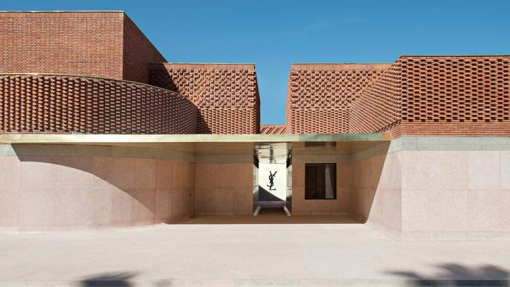 Музей Ива Сен Лорана открылся в Марракеше фото [12]