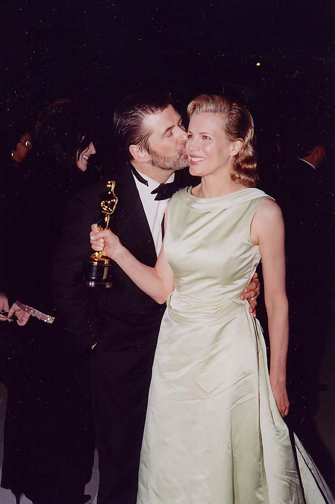 Ким Бейсингер и Алек Болдуин, 1998 год