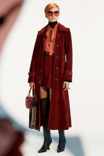 Стиль великих художниц в Dior Pre-Fall 2019 (фото 5.2)