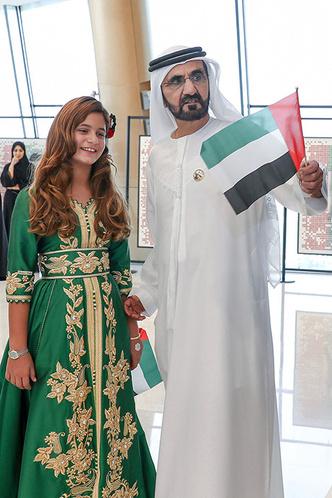 Принцесса Востока: премьер-министр Арабских Эмиратов представил дочь фото [3]