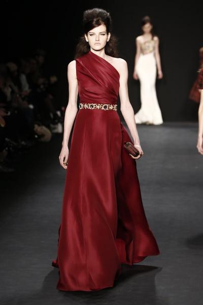 Самые роскошные вечерние платья Недели моды в Нью-Йорке | галерея [1] фото [10]