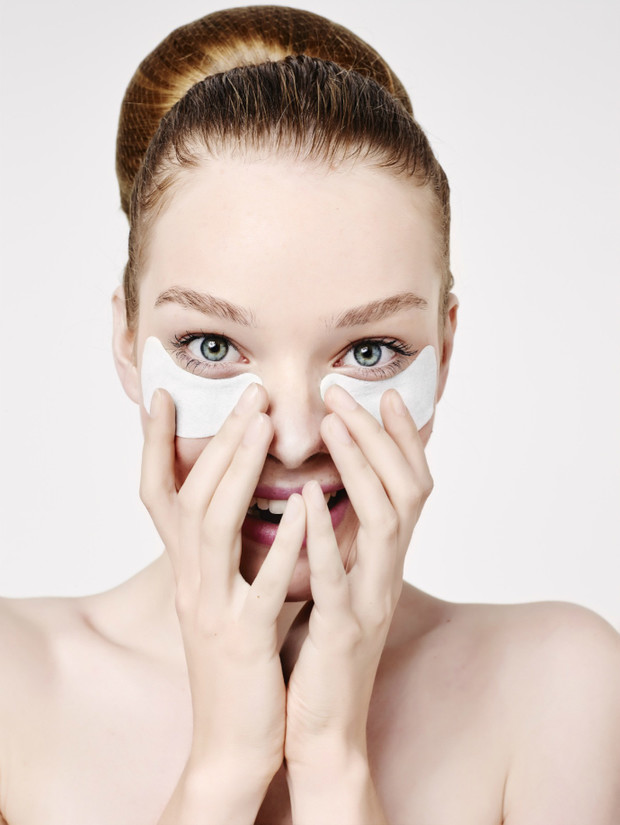 Вокруг да около: топ-7 патчей для кожи вокруг глаз