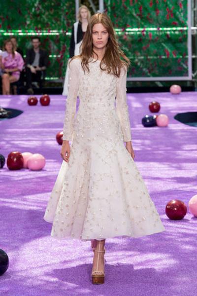 10 самых красивых свадебных платьев с Недели Высокой моды в Париже. | галерея [1] фото [9]