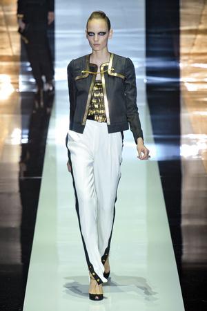 Показы мод Gucci Весна-лето 2012 | Подиум на ELLE - Подиум - фото 1911