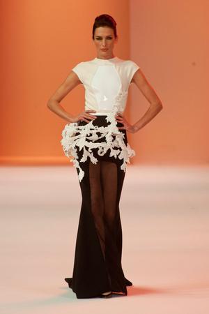 Показ Stephane Rolland коллекции сезона Весна-лето 2014 года Haute couture - www.elle.ru - Подиум - фото 575037