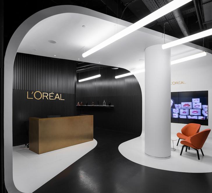 Офис L'Oréal по проекту IND Architects в Москве (фото 0)