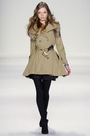 Показ Rebecca Minkoff коллекции сезона Осень-зима 2011-2012 года prêt-à-porter - www.elle.ru - Подиум - фото 232564