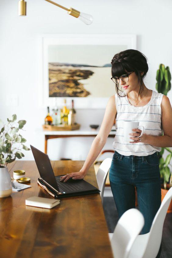 Не расслабляемся: 11 правил эффективной работы из дома (фото 1)