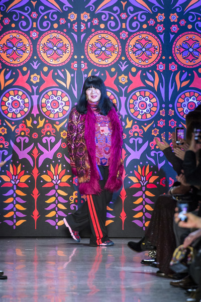 Кайя Гербер и сестры Хадид на показе Anna Sui (галерея 1, фото 52)