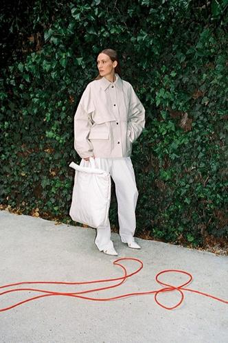 Сафари-куртка — идеальная вещь для весенних прогулок. Вот 15 вариантов (фото 7.1)