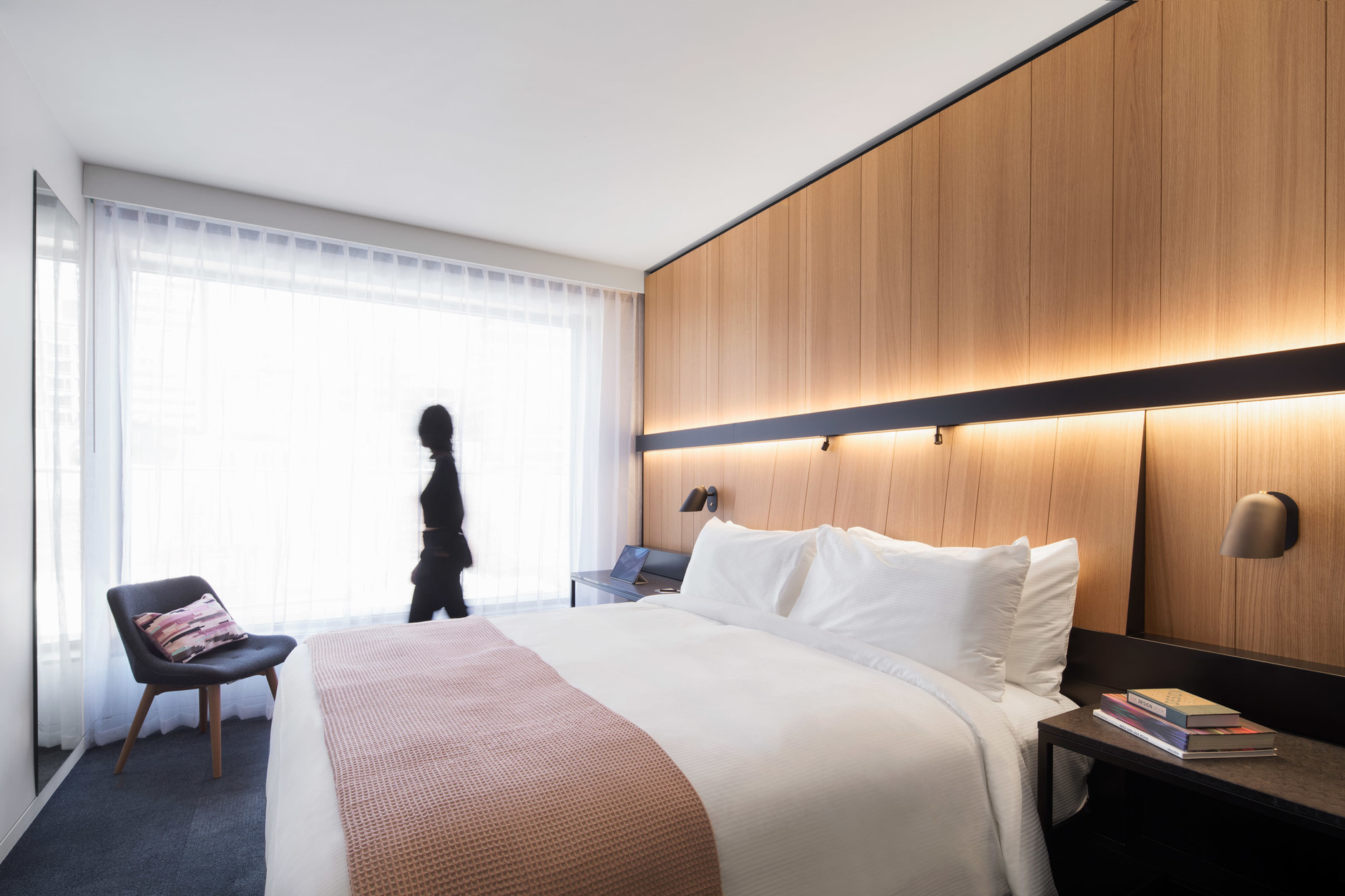 Montreal's Hotel Monville by ACDF Architecture features strict palette (галерея 7, фото 5)