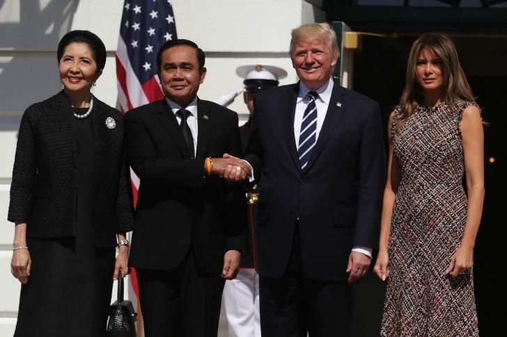 Мелания Трамп на встрече с премьер-министром Таиланда фото [1]