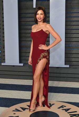 Самые сексуальные платья афтепати «Оскара-2018» (фото 16)