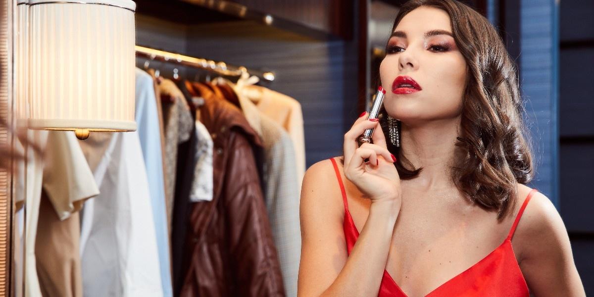 Оттенки Шанхая: один день Карины Нигай с Dior Addict
