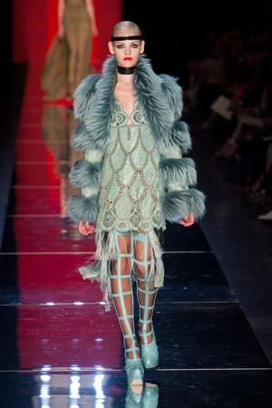 Показ Jean Paul Gaultier коллекции сезона Осень-зима 2012-2013 года Haute couture - www.elle.ru - Подиум - фото 404635